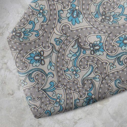 Cravatta fantasia floreale grigia e azzurra SS16