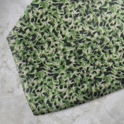 Cravatta fantasia verde e nera SS16