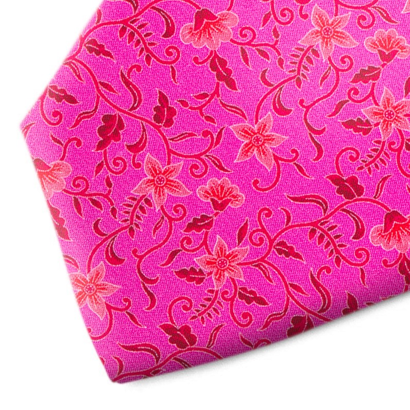 Fuchsia and pink floral pattern silk tie