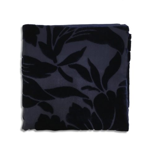 Blue silk and velvet pocket square