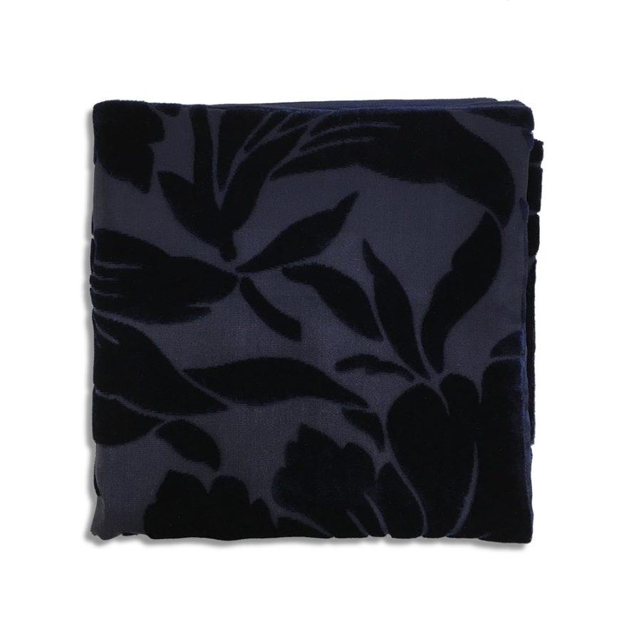 Blue silk and velvet pocket square