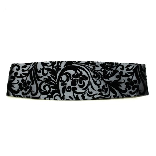 Gray silk cummerbund flocked in black velvet