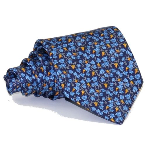 Tailored pleated silk necktie 419301-04