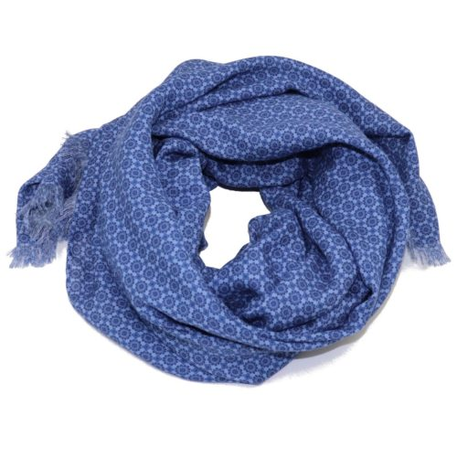 Sartorial fringed scarf, cashmere and silk, light blue, made in Italy