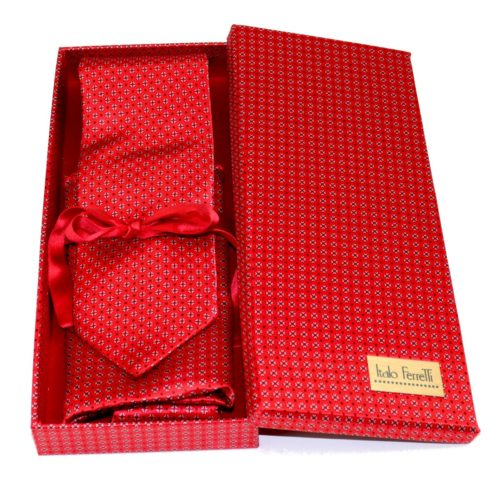 Red shades fantasy patterned sartorial silk tie and pocket square set, matching silk box included 413103-01